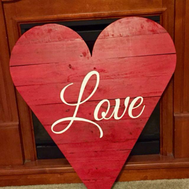 Pallet Wood Valentine Heart