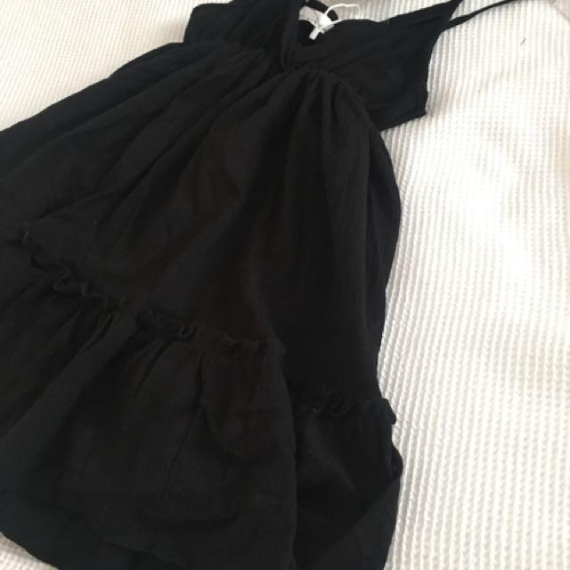 Petite black dress size 8
