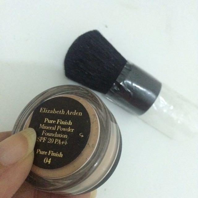 Powder Bronzer & Kabuki Brush