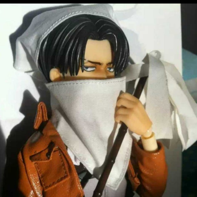 New! RAH attack on titan Levi action figure