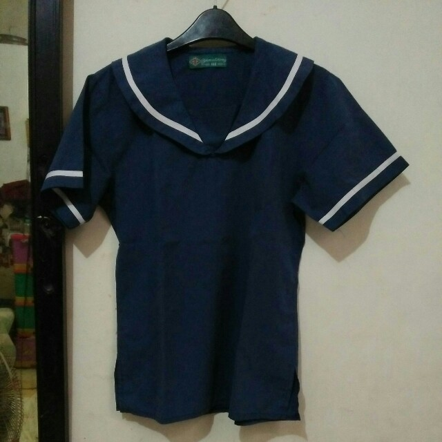 Sailormoon-collar navy blue shirt?