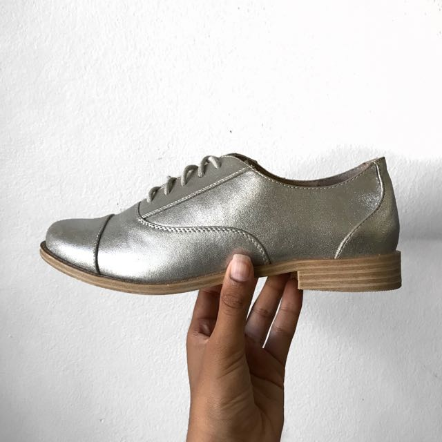 Silver sparkily shoes