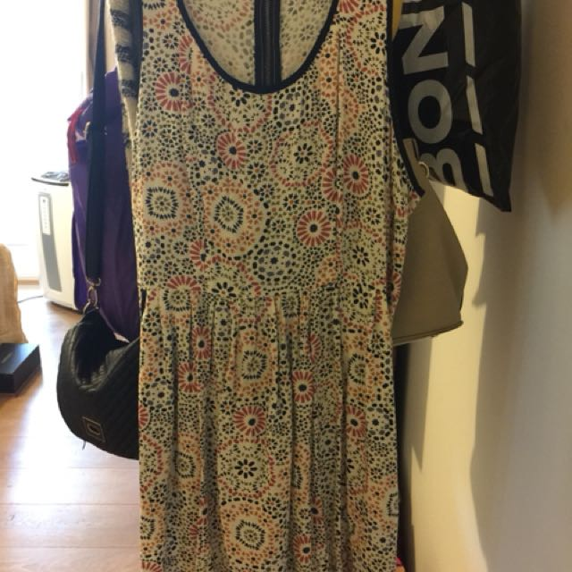 Size 10 Element Dress