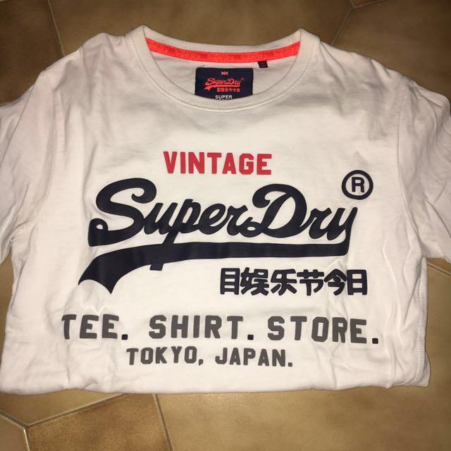 SUPERDRY white t shirt
