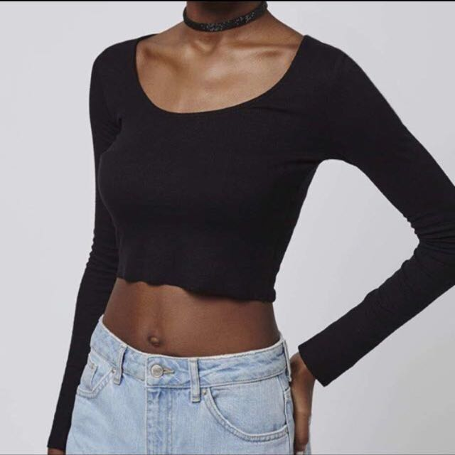 fd191cad5e4ee2 topshop ribbed black long sleeve crop top, Women's Fashion, Clothes, Tops  on Carousell