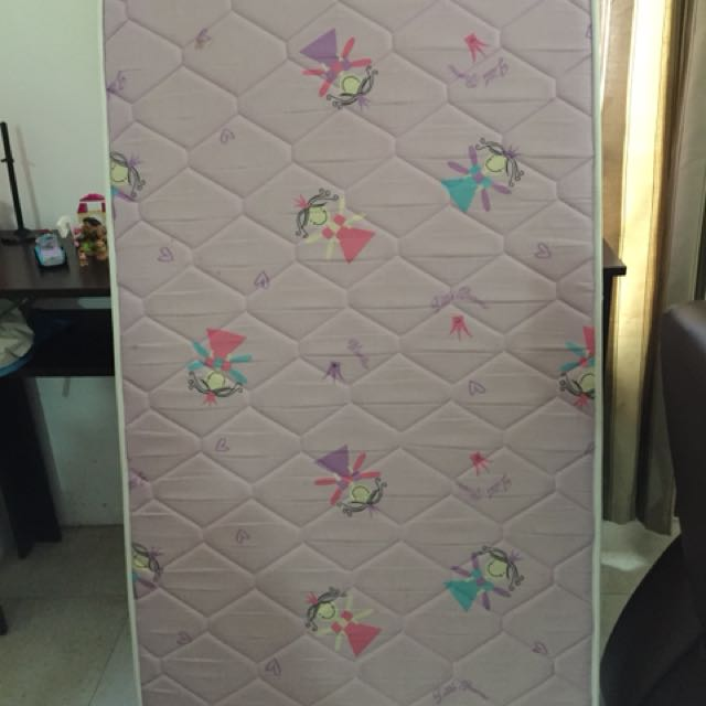 Uratex quilted crib mattress