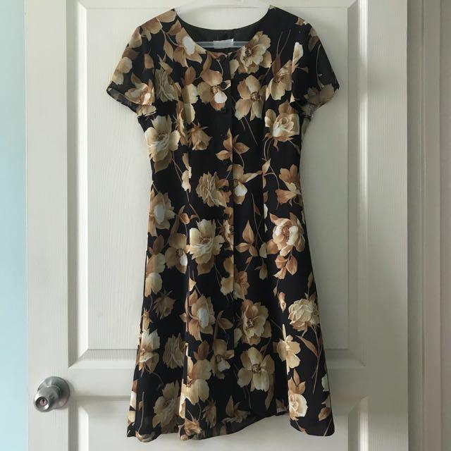 ⬇️Vintage floral dress