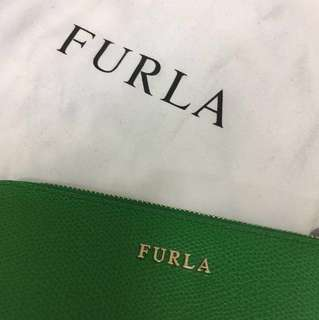 Authentic Furla leather pouch / clutch / cosmetic bag in green