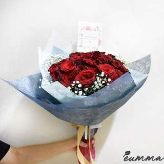 Red Rose Bouquet (10 stems)