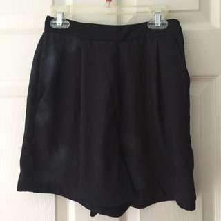 Oak + Fort high waisted silk shorts size 0