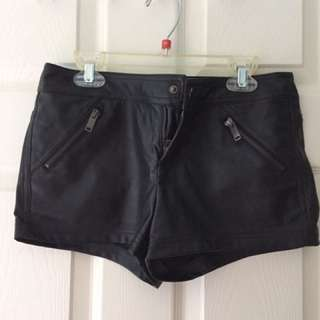 Forever 21 faux leather shorts XS