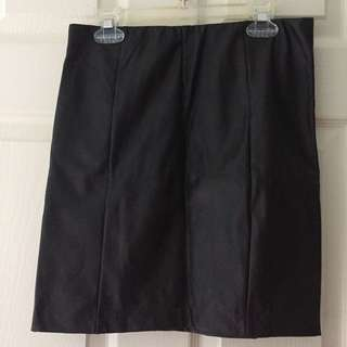 Dynamite faux leather skirt size S