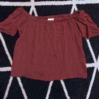 Women's Off the shoulder top in burgundy