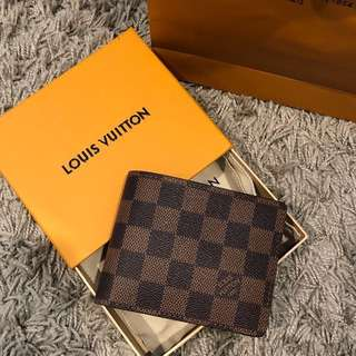 LV Multiple Wallet Men BNIB RRP$595