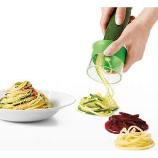 🚚 Spiral Pasta Maker Vegetable Slicer (Singapore Seller + 100% Authentic) KC1043