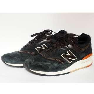 美國製  New Balance  M997PR  NB的高端系列  997 黑白 奶油底 麂皮  經典 復刻 復古 慢跑鞋 US10.5 黃金尺寸