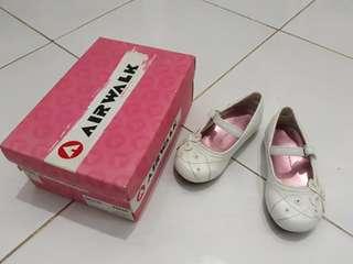 Sepatu batita merk Airwalk