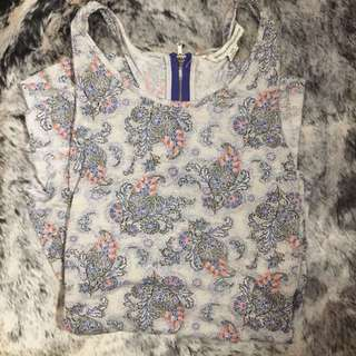 American Eagle Paisley Flowy top