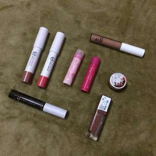 Bundle: 7 Lippies + 1 EyeBrow Shaper