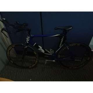 Cervelo P2 Carbon triathton and time-trial bike