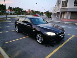 BMW 520i for rental chauffer driven
