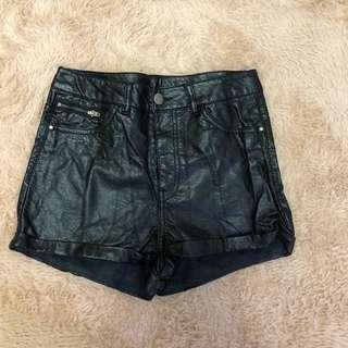 🚚 H&M 個性皮褲