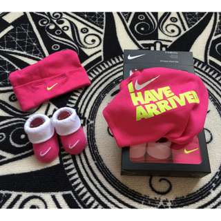 Nike Set ( Romper + Hat = Sock )