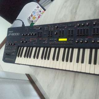 Roland JP-8000 Synthesizer