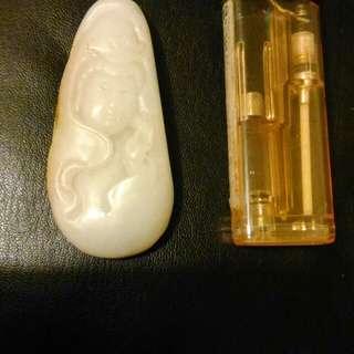 新疆和闐拋亞光觀音帶皮籽料(原價38000)