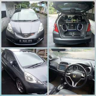 HONDA JAZZ RS Matic 2010