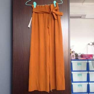 Textured ribbon pants