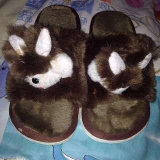 Sendal tidur (slipper)