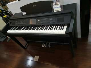 Piano electric cvp 705 b