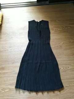 Plain colored dress