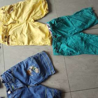 boy shorts. Size from 2 to 3 years. 80 rm for all.