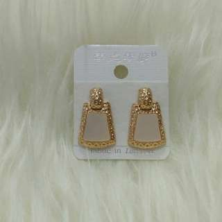 soft pink earring