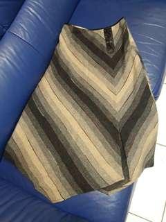 🚚 灰色幾何條紋 毛呢裙