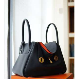 Hermès 雙色金扣 lindy 30 verso veau Swift aa bleu indigo orange poppy