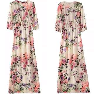 BNWT Floral Deep-V Maxi Dress  [Buy 1 Get 1 Free]