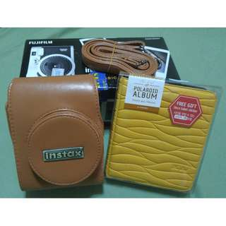 Fujifilm Instax Mini 90 Neo Classic, comes with free polaroid album and Instax leather casing