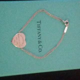 Tiffany & Co heart tag braclet