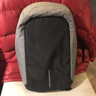 XD-Design 蒙馬特終極安全防盜後背包-灰色