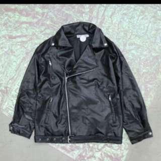 騎士風皮革外套