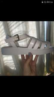 White scandals size 7