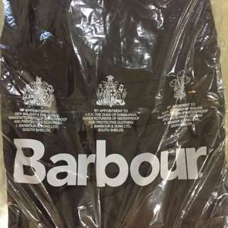 🚚 Barbour