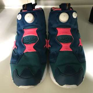 🚚 Reebok pump fury