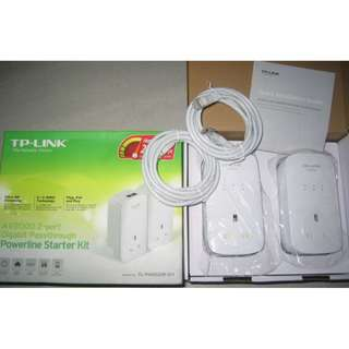 TP-Link TL-PA9020P AV1200 Homeplug with  AC Passthrough . 3 Gigabit port