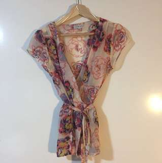 Harvey Who? Floral sheer top