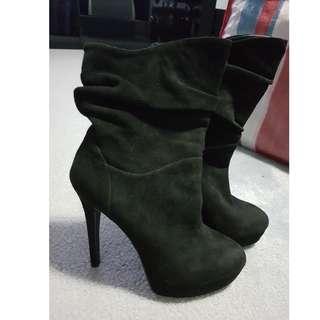 Black Sifett Boots