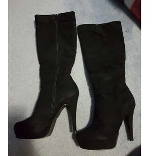 Black Suede Munroe Boots